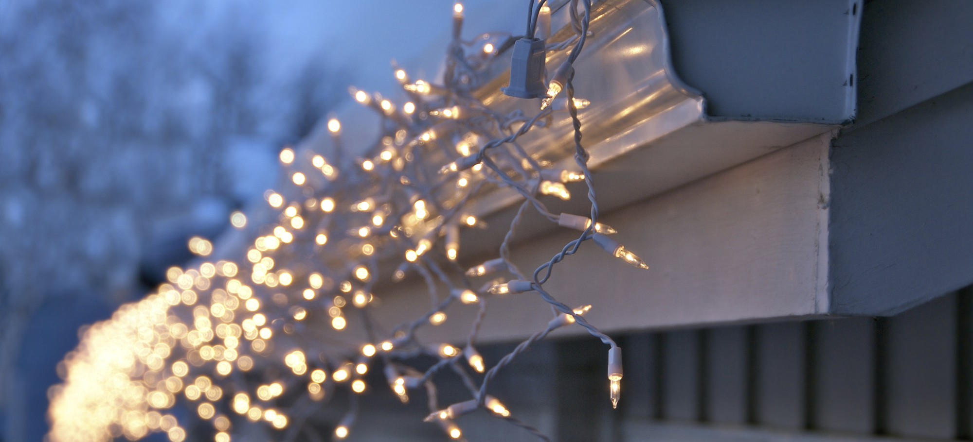 Simple Tips for Stringing Christmas Lights